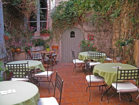 Tourist Attractions in Arles France